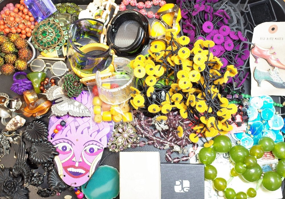 A large collection of costume jewellery, including; necklaces, bangles, brooches, rings and... Image