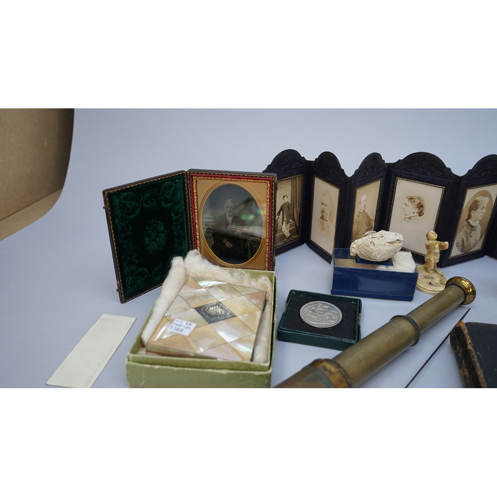 A quantity of collectables including; a Victorian ivory sewing etui, a Victorian mother-of-pearl... Image
