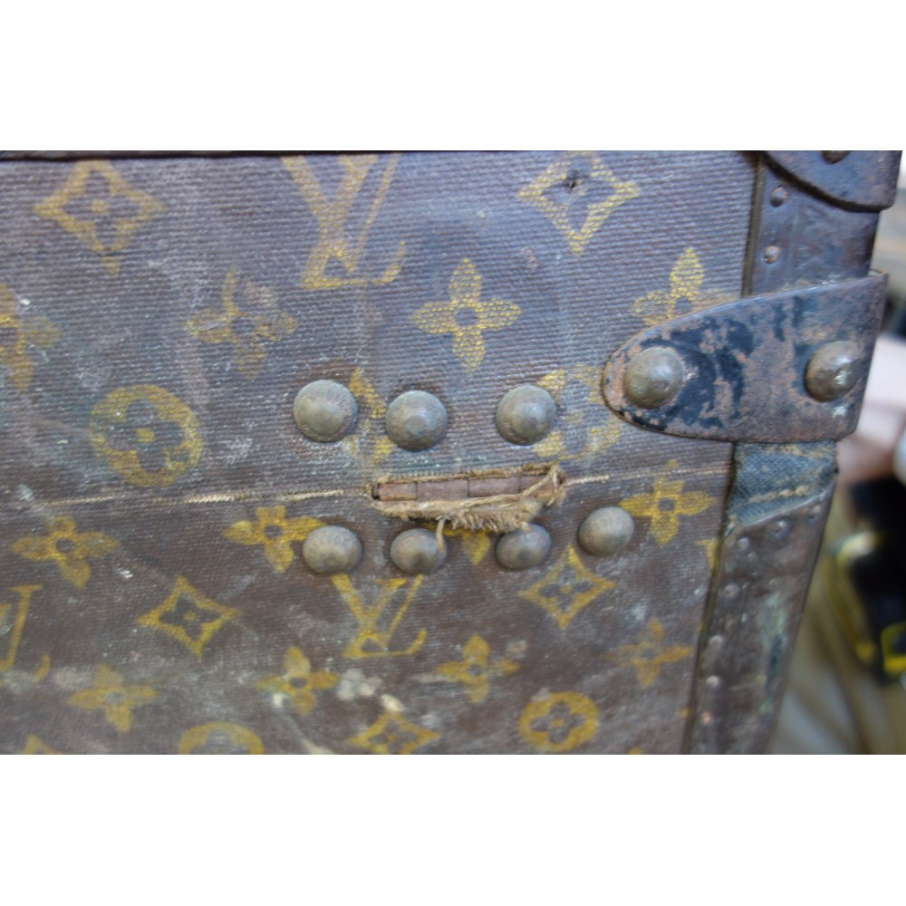 A Louis Vuitton trunk, early 20th... Image
