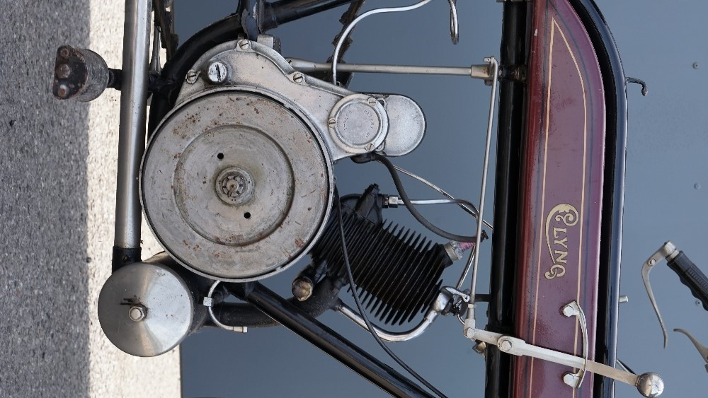 A 1921 Clyno  2 1/2 hp Lightweight 269cc motorcycle, registration number EU 234 with V5... Image