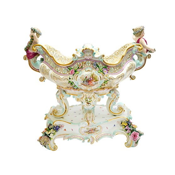 A Meissen porcelain centre piece bowl on... Image