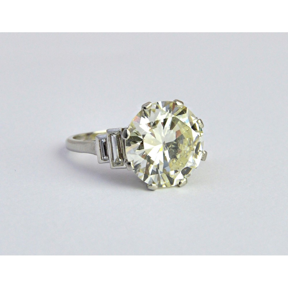 A single stone diamond ring, the... Image