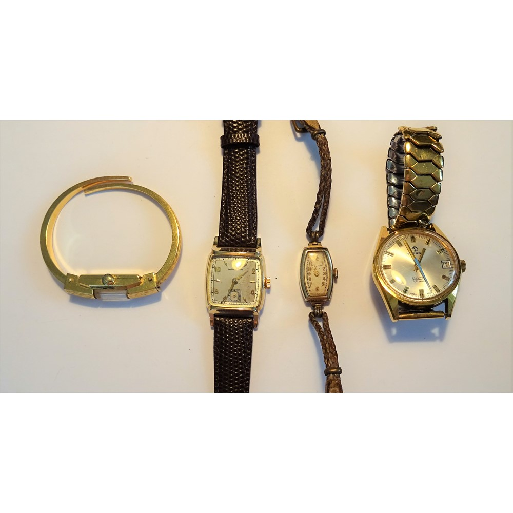 A Hamilton gilt metal curved square cased gentleman's wristwatch, the signed silvered dial with... Image