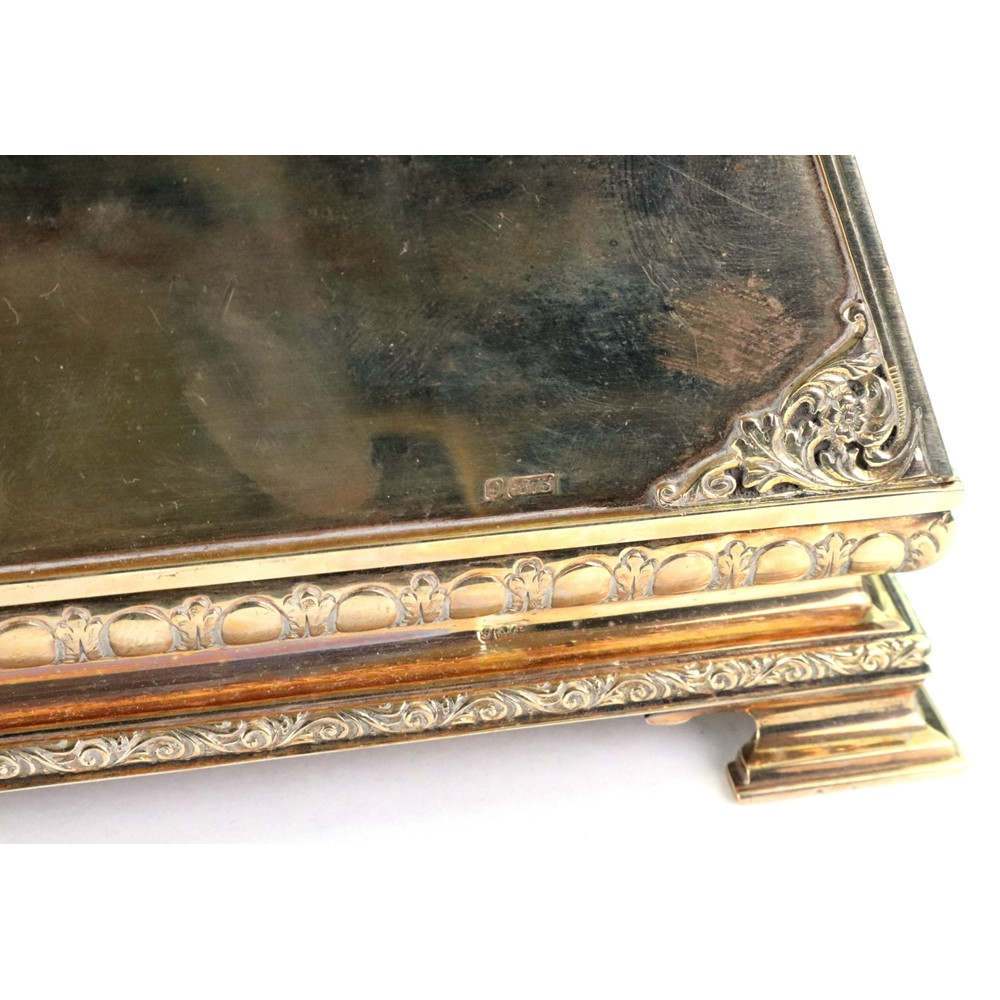 A 9ct gold rectangular cigarette or... Image