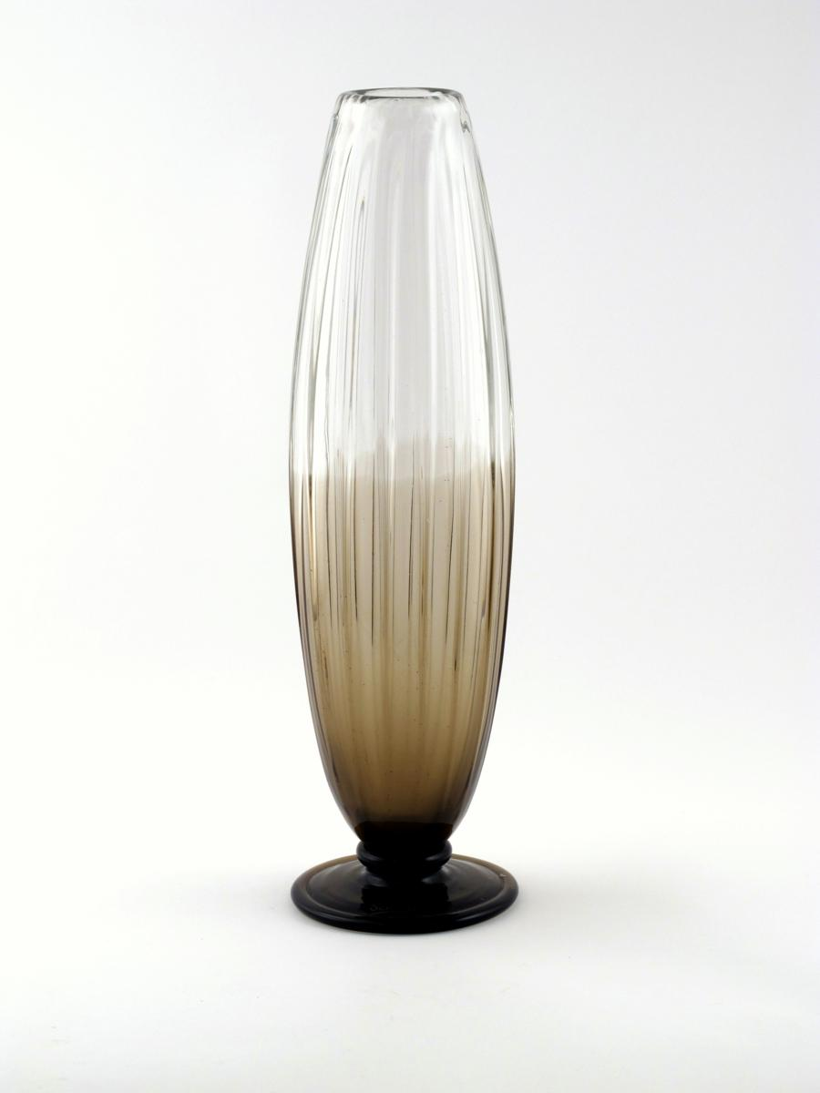 A tall schneider smoked glass vase lot 1116 20th century design a tall schneider smoked glass vase swollen ribbed form on applied foot acid etched signature schneider 555cm high reviewsmspy